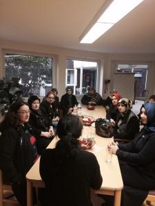Besuch der Tagespflege am 18.11.2015 Die Frauengruppe Egi-Kür und Infrado e.V.